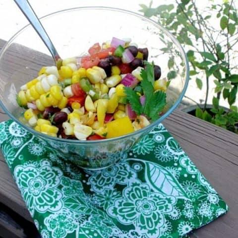 Summer Corn Salad | Taketwotapas.com