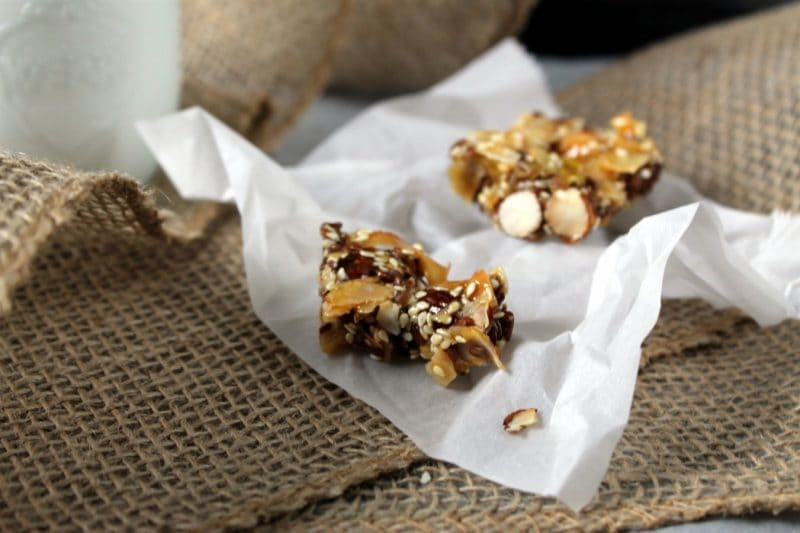 Paleo Snack Bars | Take Two Tapas | #Paleo #Snack #Bars #Nuts #GranolaBars