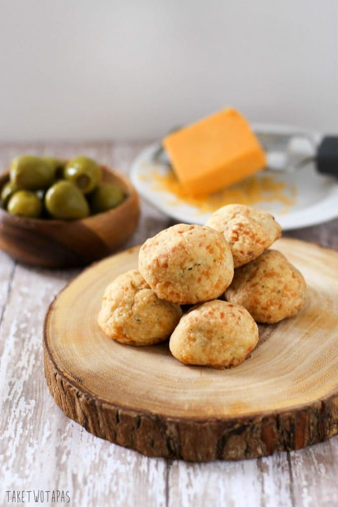 These are blue cheese and jalapeno stuffed olives that are encased in a flaky sharp cheddar crust. Blue Cheese Jalapeno Truffles are great for a party or you can eat a few for dinner! Blue Cheese Jalapeno Cheese Truffles Recipe | Take Two Tapas