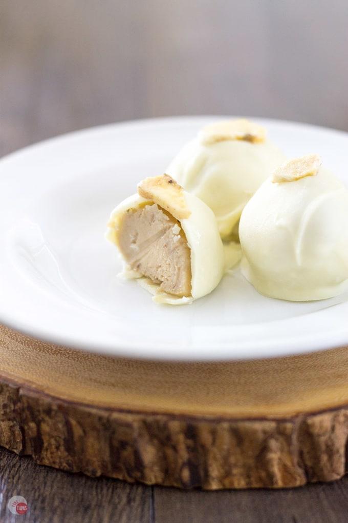 Creamy Banana Pudding Truffles | Take Two Tapas | #BananaPudding #Banana #Truffles #Desserts #Southern