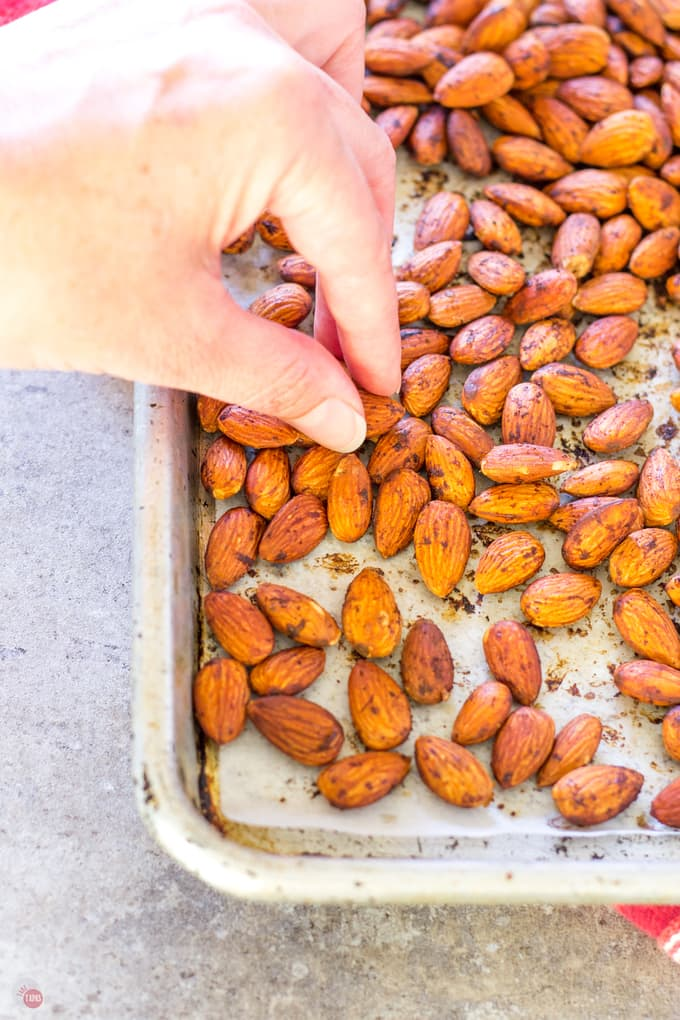 Pick up these Smoked Paprika Almonds and add them to your snack routine! | Take Two Tapas