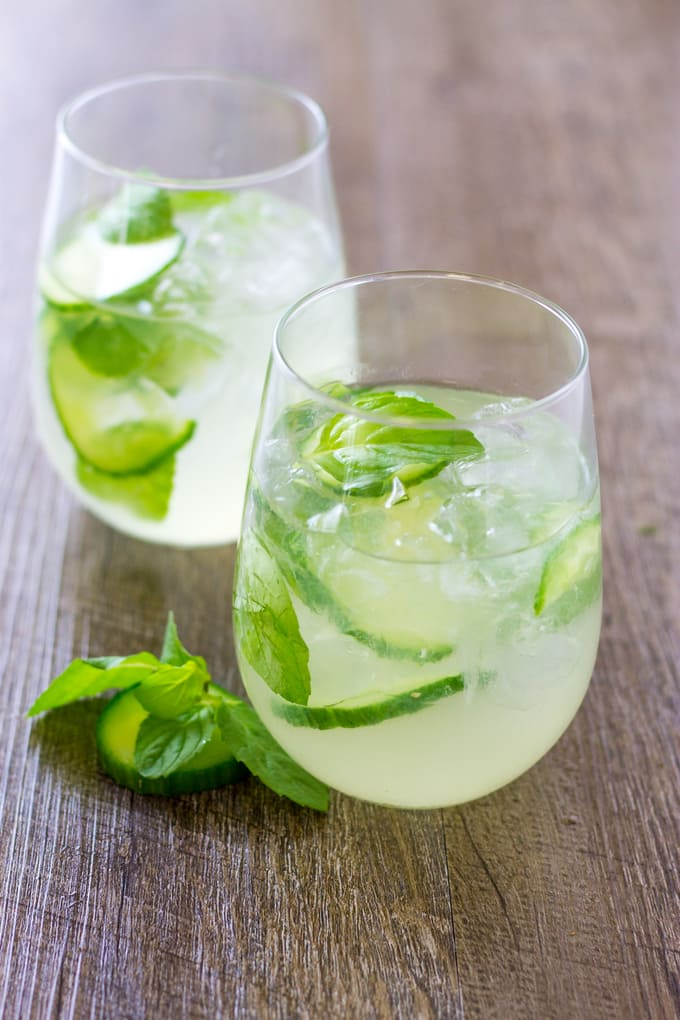A crisp summer cocktail with Cucumber Mint Gin Cooler | Take Two Tapas | #Cucumber #Gin #Mint #SummerCocktail #SparklingWater #EasyCocktail #SummerEntertaining