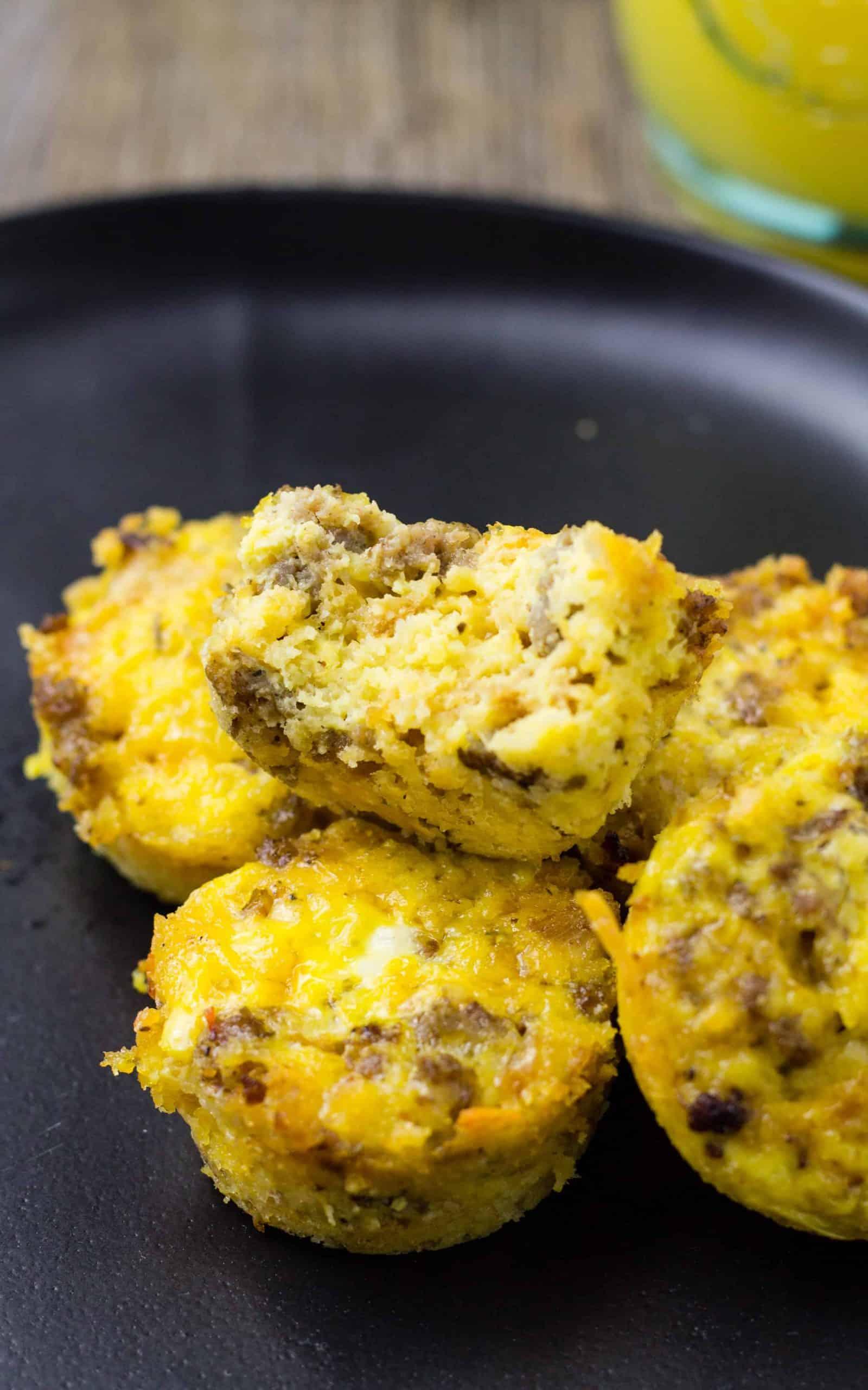 Breakfast Casserole Bites – Easy Portable Morning Bites!