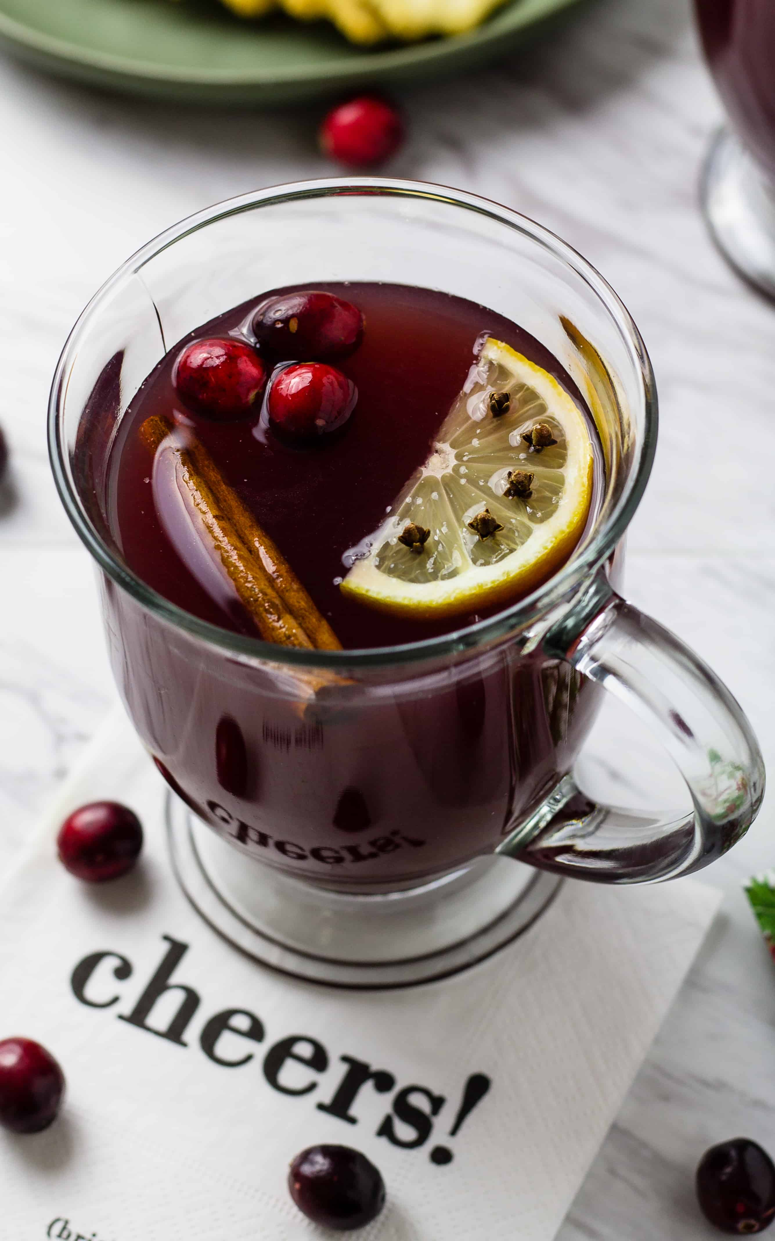 Slow Cooker Wassail Punch | Winter Punch | #Slowcooker #Crockpot #Winter #Punch #Holidays #Wassail