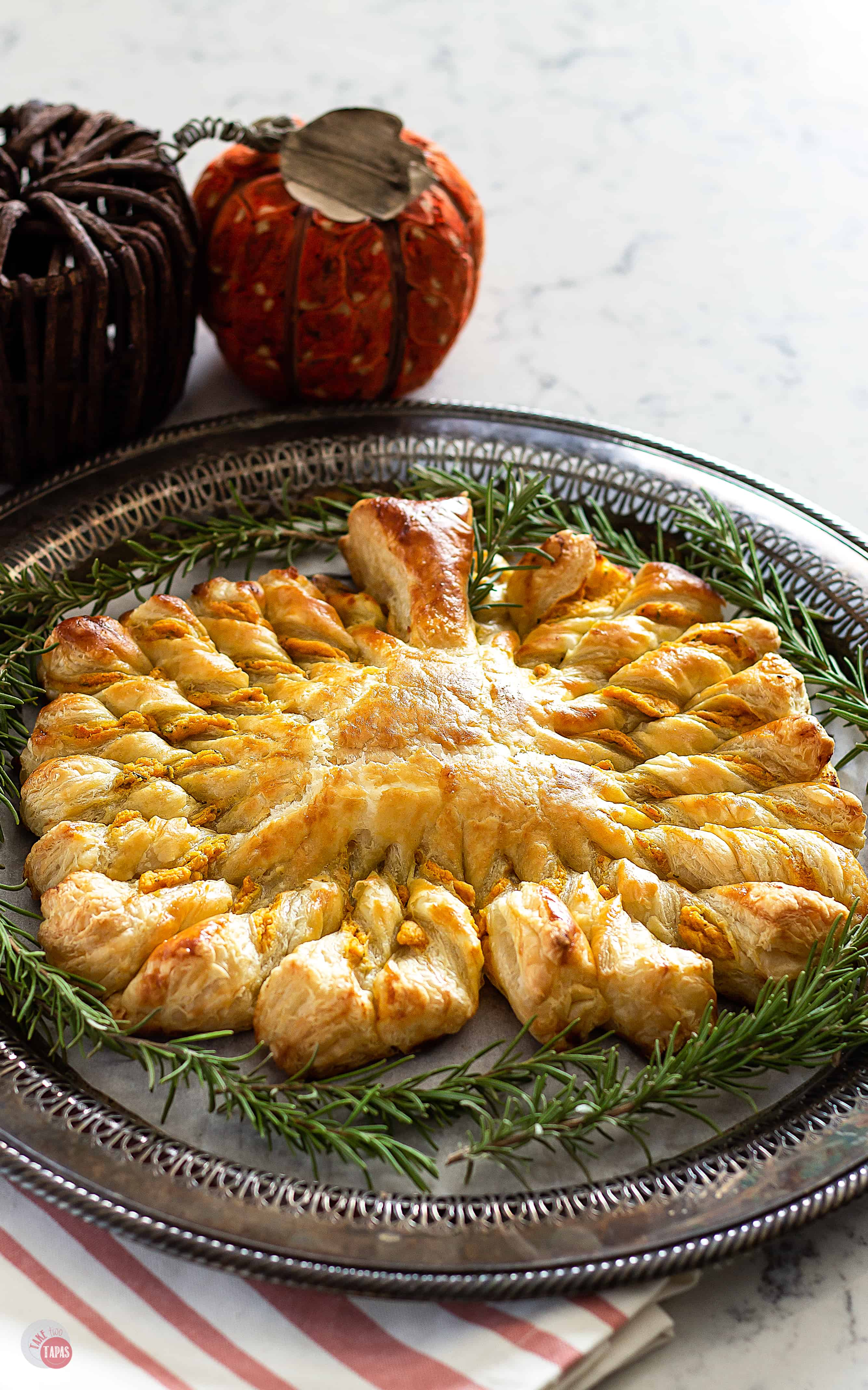 Filled With Roasted Garlic Goat Cheese And Pumpkin Pumpkin Pull Apart Puff Pastry Take Two Tapas Puffpastryrecipe Pumpkinrecipe