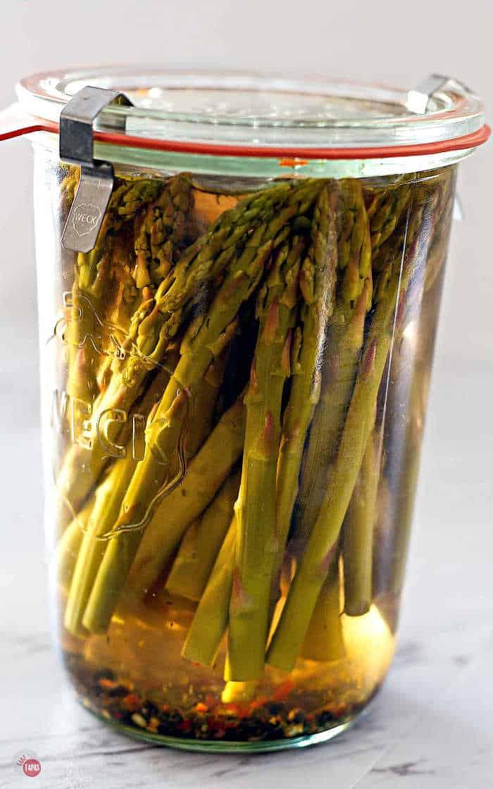 asparagus in a jar