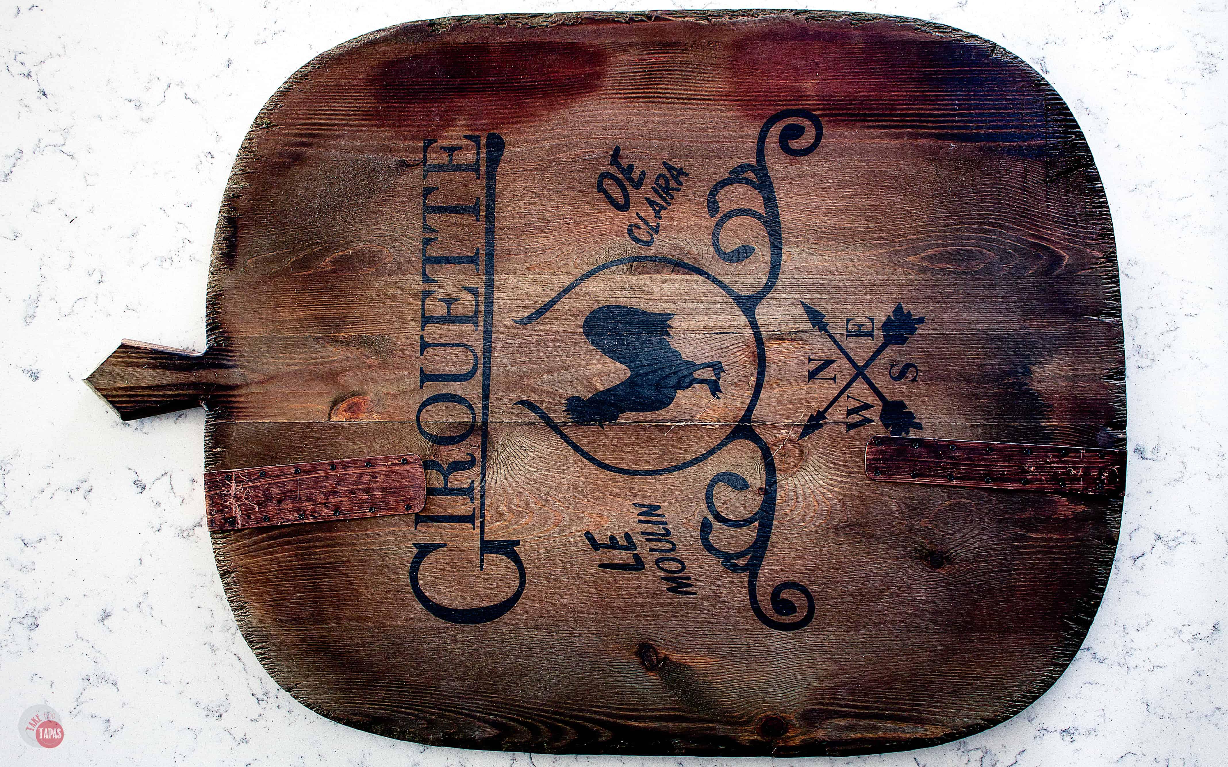 empty wood board