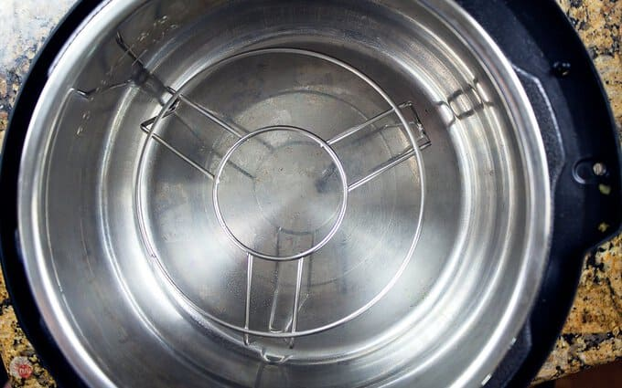 inside pic of electric pressure cooker