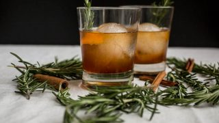 Cinnamon Rosemary Old Fashioned – Salted Plains