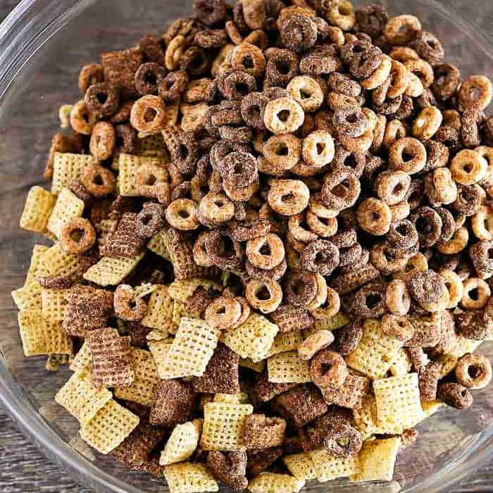 chex and cheerios cereal in a bowl