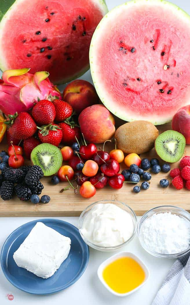 picture of watermelon pizza ingredients