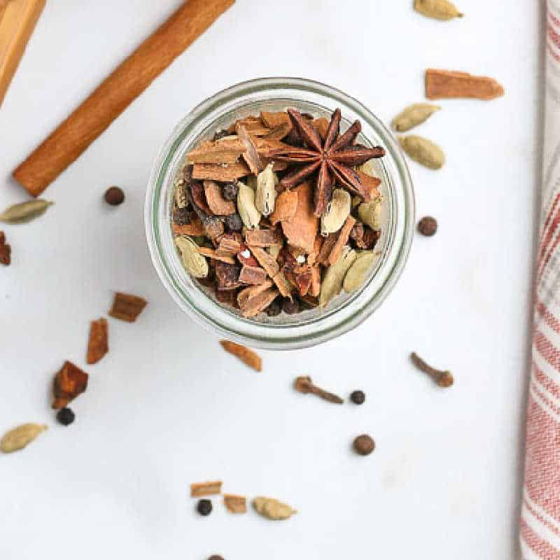 Easy Homemade Mulling Spices {for cider and wine}
