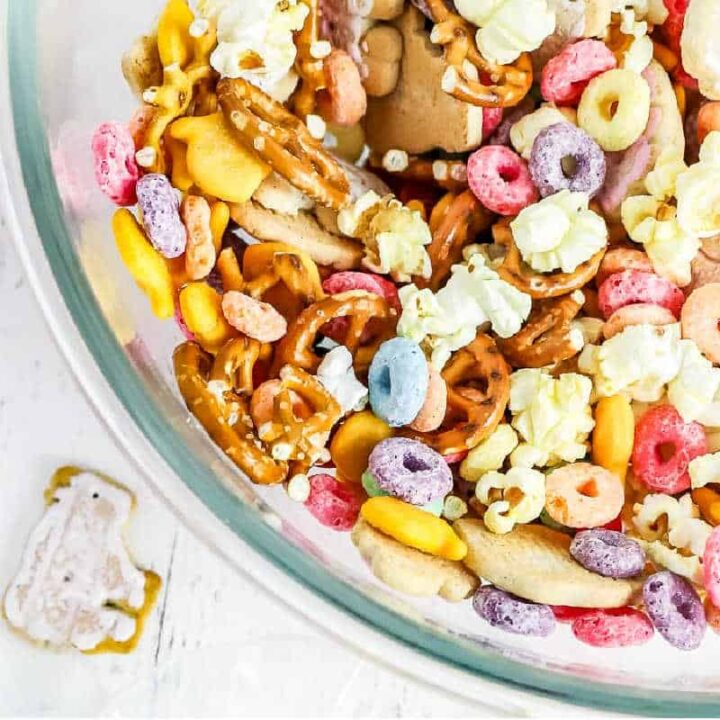 square picture of snack mix