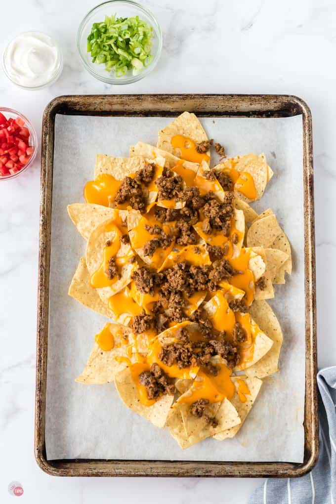 beef and cheese on chips