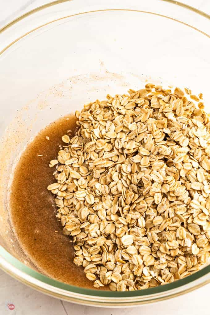 sauce and oats in a bowl