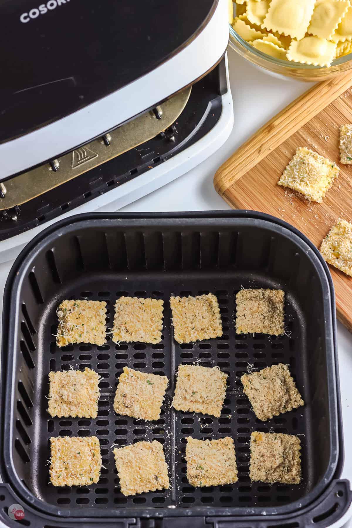 breaded ravioli in air fryer basket