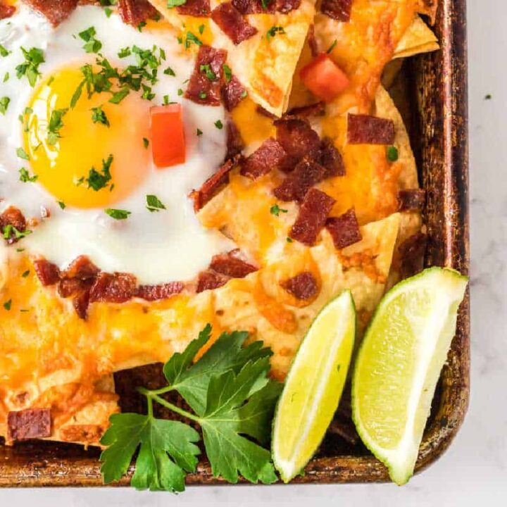 nachos and lime wedges