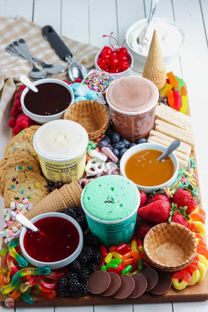 ice cream sundae board