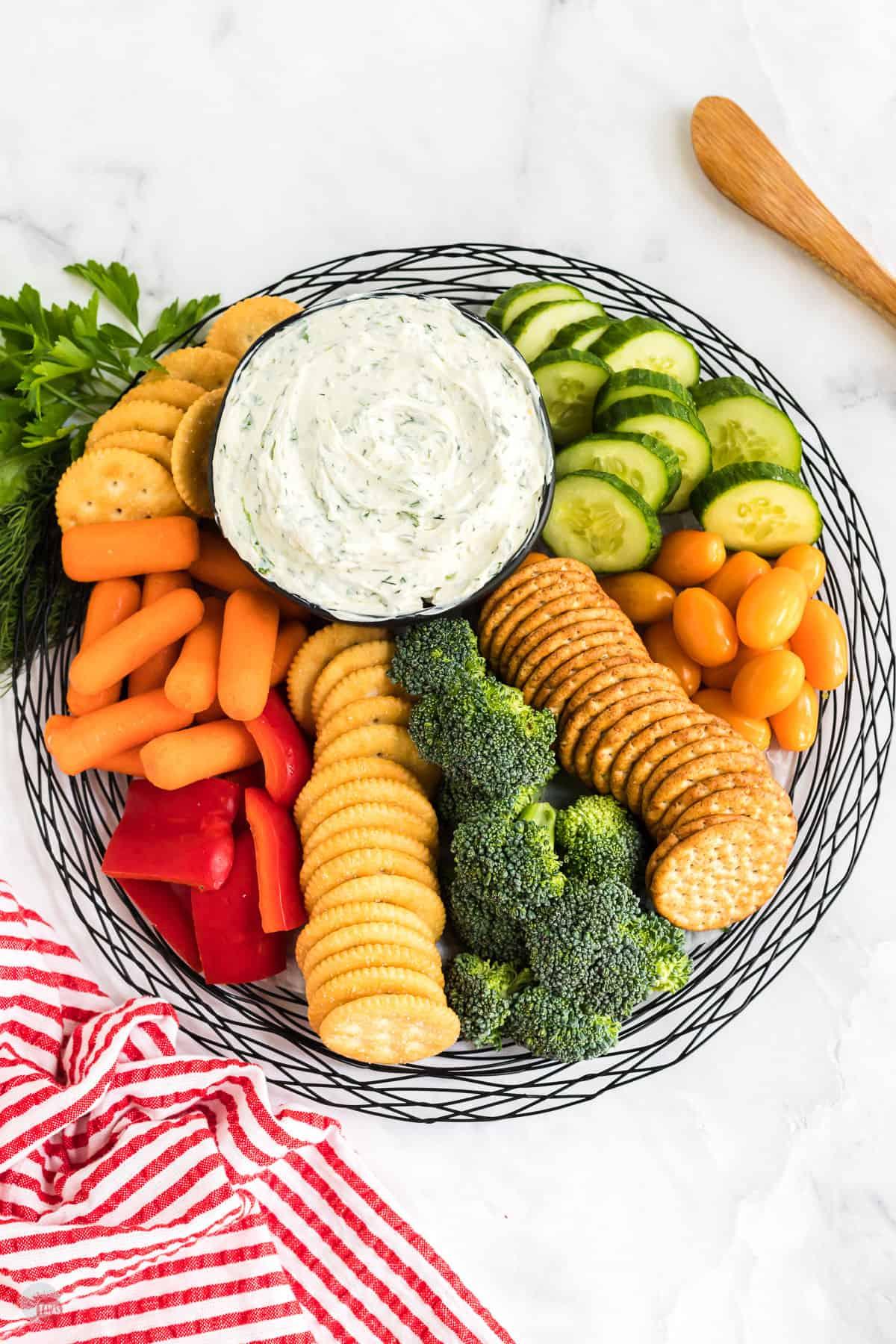 platter of veggies and cream cheese dip