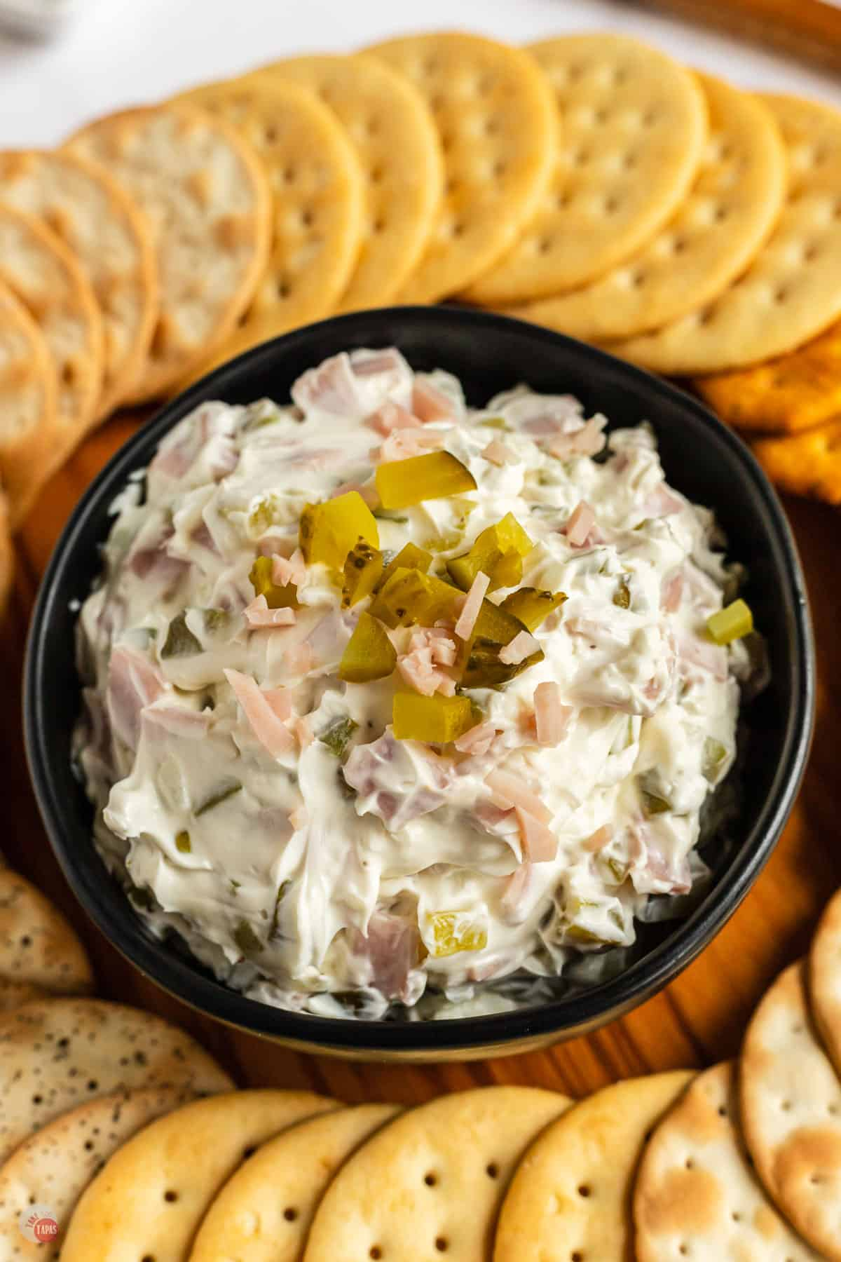 pickle dip with crackers